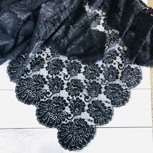 Authentic Spanish Flamenco 💃🏽 Black Scallop Lace